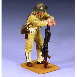 Caporal des US Marines Américains avec son fusil-mitrailleur LEWIS