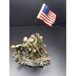 US Marines plantant le drapeau Américain, mont SURIBACHI, IWO JIMA 1945