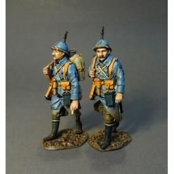 2 soldats du 123e régiment d'infanterie Français en marche, 1917-1918