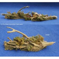 Décor-diorama, amas de branches au sol