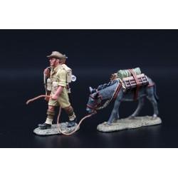 EA072 - Soldat d'infanterie Australien, 8e Armée, Afrique du nord, avec une mule