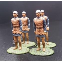 4 hommes d'armes Castillans, avec leurs haches de guerre, moyen-âge