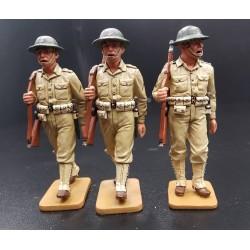 Sergent et 2 US Marines Américaisn en marche, Pacifique 1935-1942