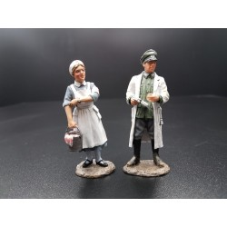 Médecin et infirmière militaires de la Wehrmacht 1939-1945