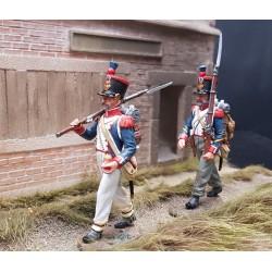 2 fusiliers d'infanterie de la ligne Français en marche, 1804-1815