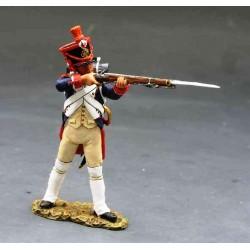 Fusilier d'infanterie de la ligne Français, debout, tirant fusil