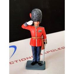 CE002, officier des foots guards Britanniques