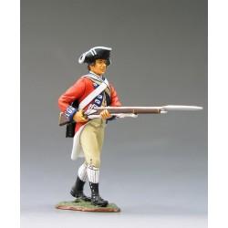 """Fusilier d'infanterie Britannique, en marche, """"read coats"""", 1776 n°2"""