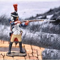 Grenadier à pied, garde impériale Française, tirant au fusil 2